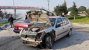 Biga'da Aynı Anda İki Trafik Kazası