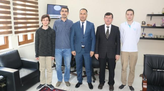 Mehmet Akif Ersoy Anadolu Lisesi Proje Ekibi'nden Erkan Bilen'e Ziyaret