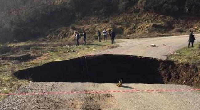 Yolindi Köyü Yolu Trafiğe Kapatıldı