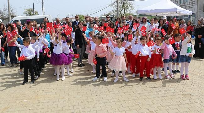 Biga´da Kapanan Köy Okullarında 23 Nisan Coşkusu