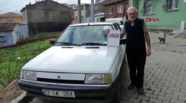 75 yaşında ilk trafik cezası yazıldı, çerçeveletip evinin duvarına astı
